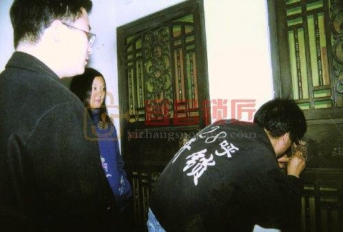 宜昌港窑路开防盗门